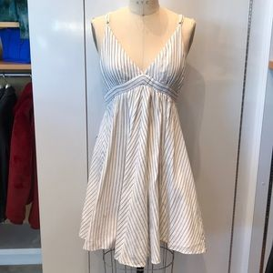 Rag & bone pinstripe white/Navy dress sz 2